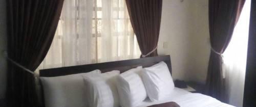 Presken Hotel @ G.R.A, Ikeja