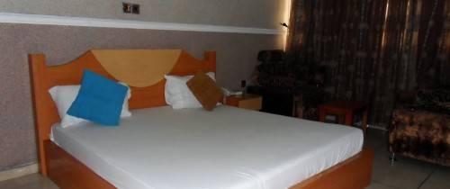 Glonik Hotels